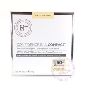 iT Cosmetics Confidence in a Compact - Light